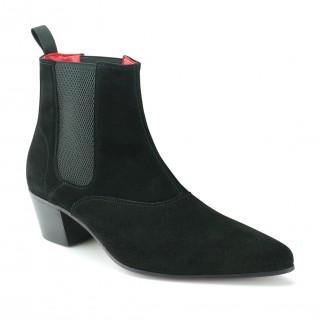 Beatwear Bargain : Winkle Picker Boot in Black Suede