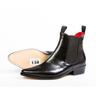 Clearance Lot 138 - Classic Boot Black Calf Size 45