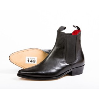 Clearance Lot 143 - Classic Boot Black Calf Size 44